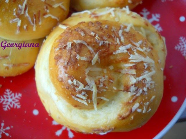 Just cooking!: Spirale cu rozmarin și parmezan