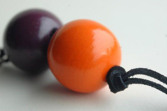 Orange and purple keychain of wooden beads and by TinyLabShop #handmade #keyring #orange #purple #handmade #etsy #leather #leatherCord #wood #bead