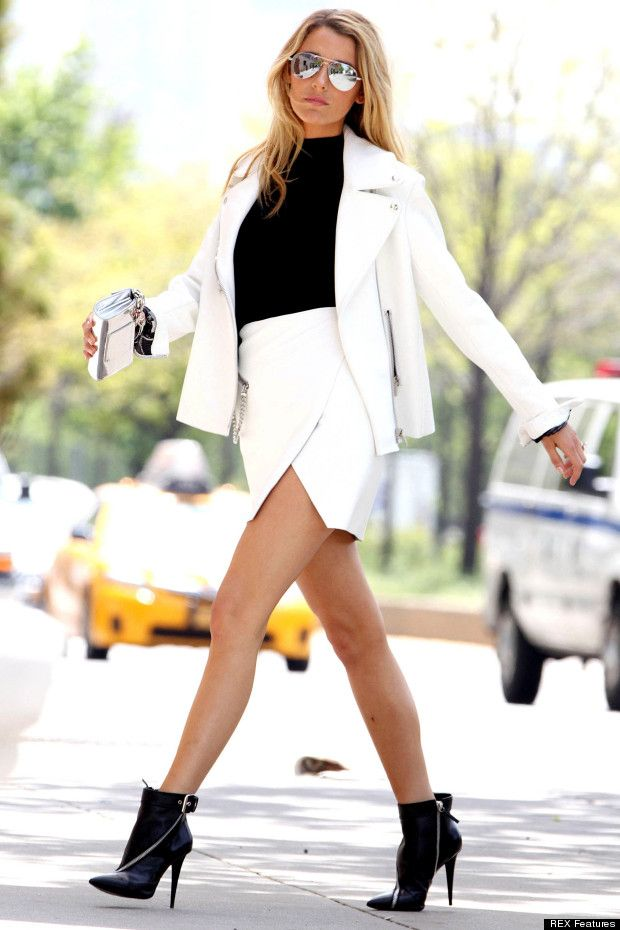 Blake Lively making the wrap skirt look effortless to pull off! LOVE the shades !