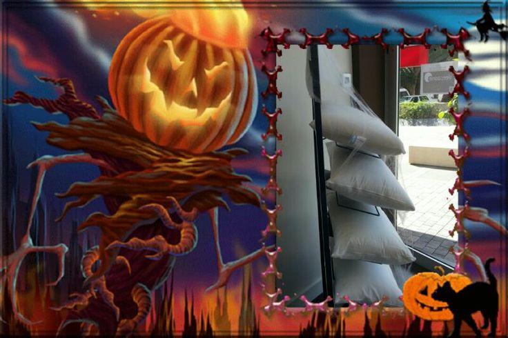 ¡¡Hasta nuestras almohadas se han dejado llevar por el más estilo Halloween!!
