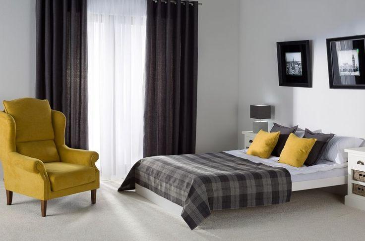 Checkered overlet in classic bedroom. #bedroom #checkered #overlet #classic #bedding #bed
