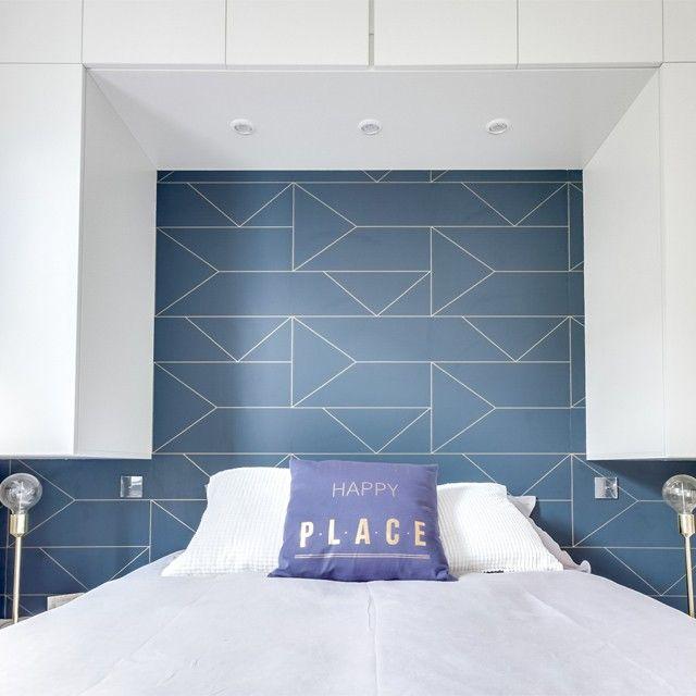 ferm LIVING Lines blue wallpaper with gold: http://www.fermliving.com/webshop/shop/wallpaper/lines-wallpaper-dark-blue.aspx