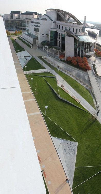 Riverside Origami – Millennium City Center by Garten Studio