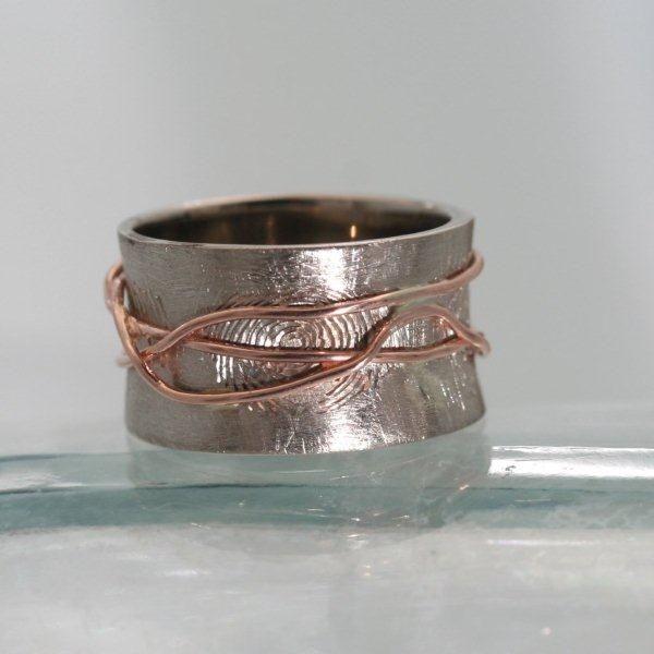 Bijzondere ring met vingerafdruk