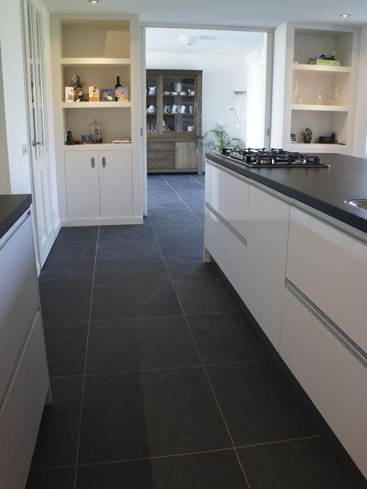 25 beste idee n over leisteen tegels op pinterest leisteen tegel vloeren leistenen vloer - Muurpanelen badkamer ...
