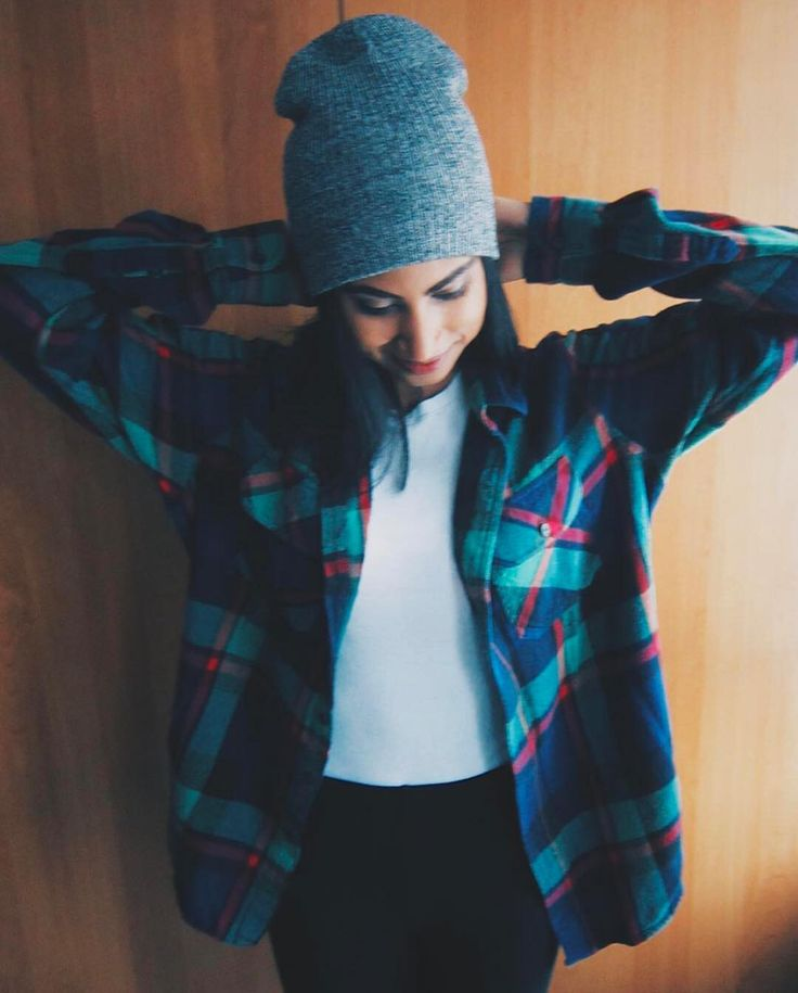 Happy #nationallumberjackday! We're celebrating with plaid for days. @makeupmunky #regram #plaidlove #mybluenotes #ootd Shop link in bio.