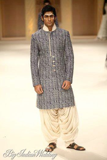 want a sober look? try this #rohitbal creation