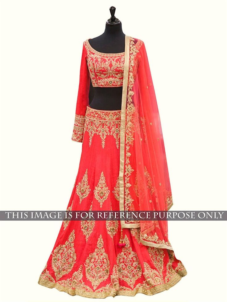 Designer Navratri Lehenga available at Mirraw.