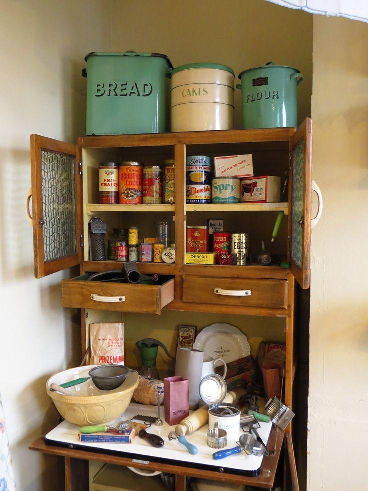 https://flic.kr/p/xmFopL | WWII kitchen