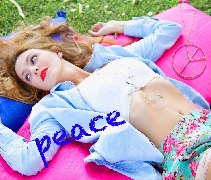 """""""La pace non si preserva con la forza, si raggiunge con l'intesa.""""  [A. Einstein]  #mamanetsophie #peace #ican #amoreeterno"""
