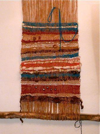 DIY Tutorial: DIY Weaving / DIY Make a Simple Weaving Loom - Bead