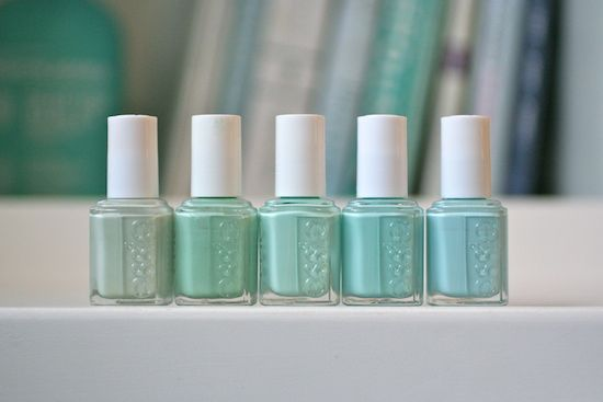 Essie Mint Comparison : new Mint Candy Apple, old Mint Candy Apple, Blossom Dandy, Fashion Playground & Absolutely Shore | Essie Envy