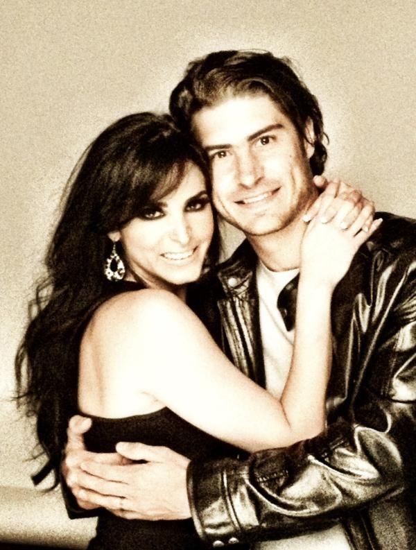 Canciones Abismo de pasión: Alex Sirvent y Ximena Herrera - Junto a ti (Boda de Lolita y Horacio)