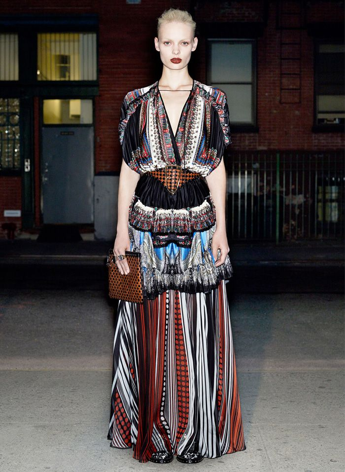 Givenchy   Resort Spring 2013   Paisley Ethnics Clash Beautifully print pattern