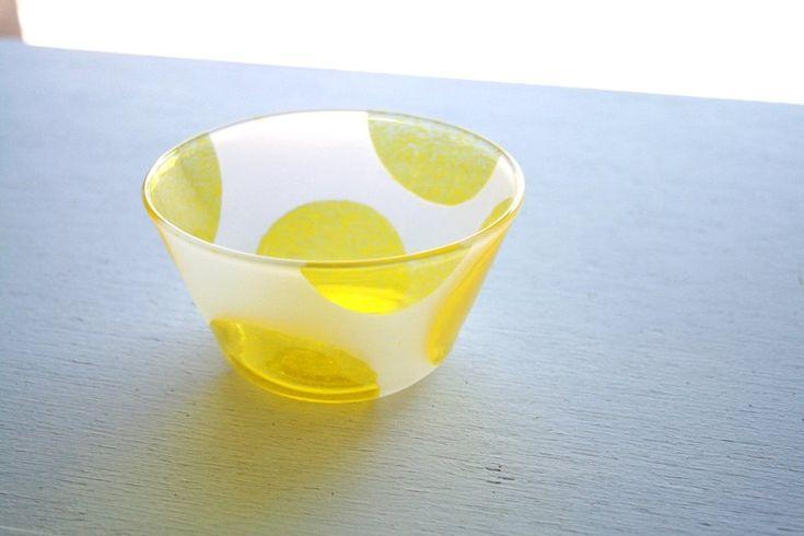 黄色水玉の鉢 - nanahoshi