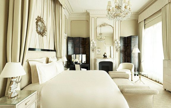 The famous Ritz Paris re-opens after its luxurious upgrade. #luxuryhotels  #boutiquehotel #beautifulhotels #francehotels #frenchhotels
