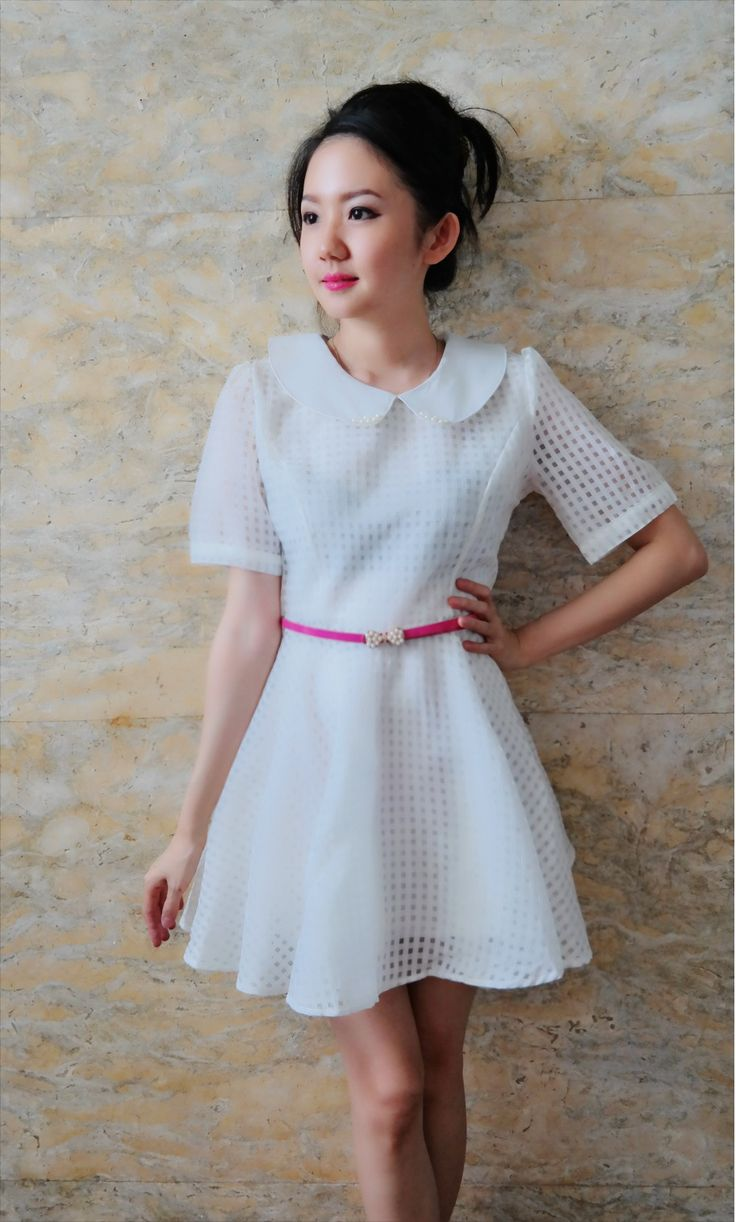 Valery collar white dress/belt included/bust up to 95/length 83/265k/ Email: order@fellinboutique.com, LINE: FellinBoutique, BBM: 7637D27C