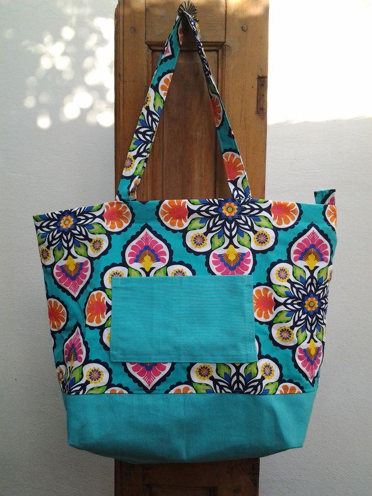 Bolso en tela lona y gabardina estampada mis bolsos artesanales hechos en tela pinterest - Bolsos de tela hechos en casa ...