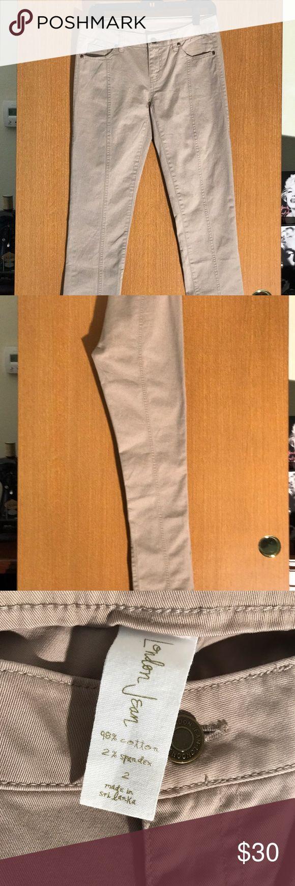 Pants VICTORIA SECRETS London jean SIZE 2 Tan 98% cotton 2% spandex pants Victoria's Secret Pants Straight Leg