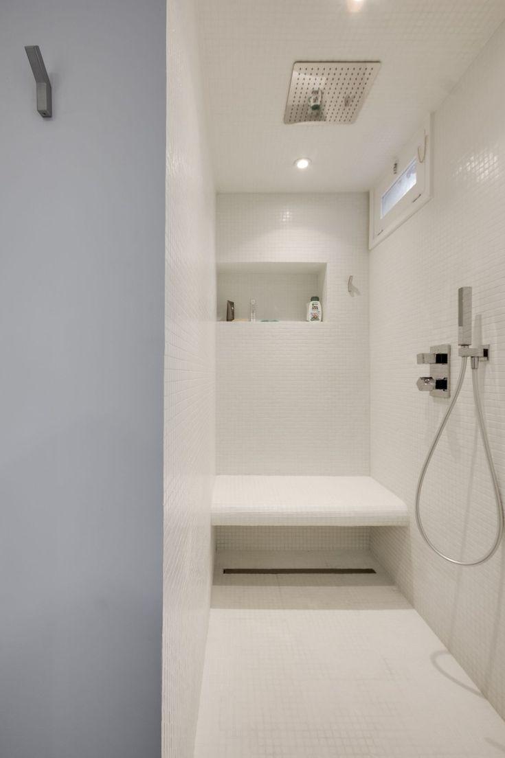 25 best ideas about banc salle de bain on pinterest - Photo douche italienne avec banc ...