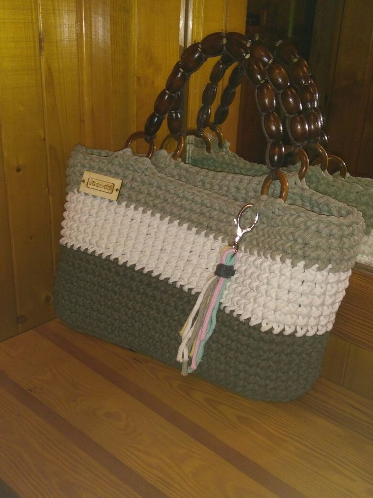 New crochet bag olive / nowa torebka ze sznurka bawełnianego 👍  #szydełko #szydelkowanie #yarn #lovelycottons #cotton #cord #white #green #lato #plaża #wakacje