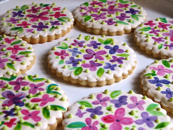 Hand painted cookies -- aren't they beautiful?!  :)