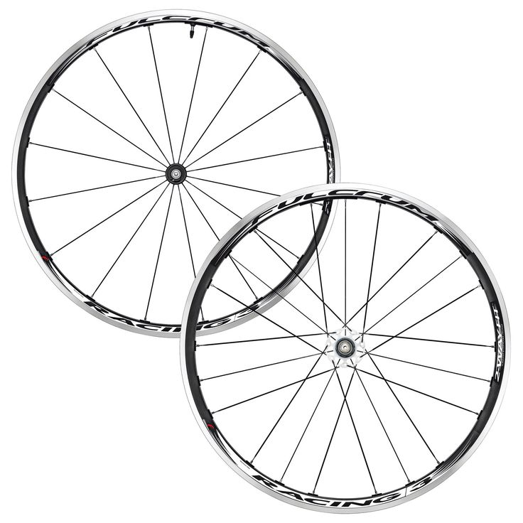 You will love this bike wheel for several reasons: differentiated rim heights – 24mm at front for optimal manoeuvrability; 30mm at rear for optimal power transfer.  Oversized hub body in aluminium, painted white, gives strong lateral stiffness while reducing weight.