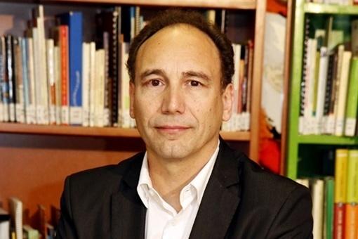 """Manuel Area: """"Una escuela que prepare adecuadamente a ciudadanos para el siglo XXI tiene que utilizar la Web"""