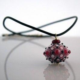 collier en verre filé