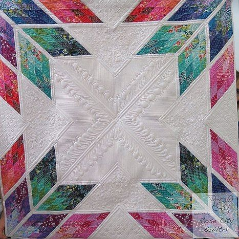 what is the best longarm quilting machine