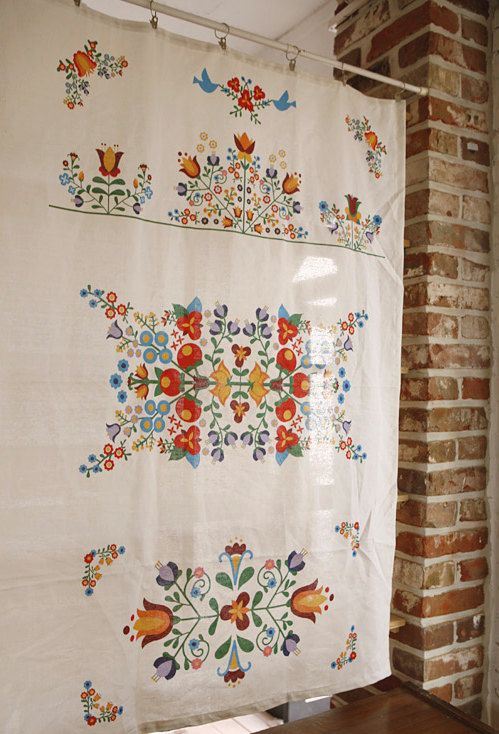 Hungarian embroidery big cut linen