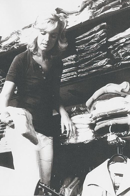 347 best images about jil sander herself on pinterest photographs workbenches and vogue covers. Black Bedroom Furniture Sets. Home Design Ideas