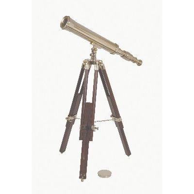 Telescopio in ottone con treppiede in legno. Vieni a vederlo presso il nostro showroom! #SalesByCaroti #Saldi PREZZO: € 386 (Sconto 40% - Prezzo originale € 644) Cod. Prodotto: D7165