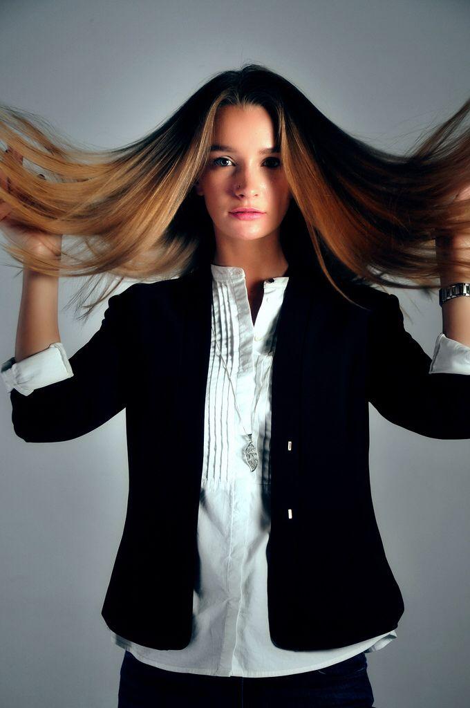 Nina Wind Mind hair blow