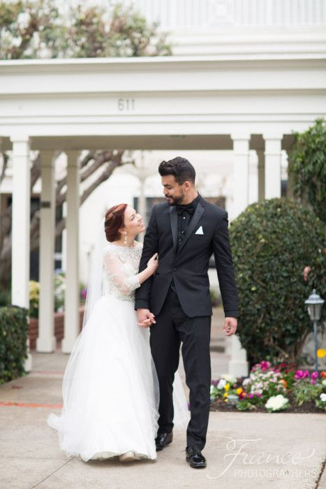 Short Bride and Tall Groom | Irvine Wedding | Wyndham Hotel | Chapel Wedding | Community Church of Corona Del Mar | San Diego Wedding Photography | Black and White Wedding Decor | Rachel Jay of France Photographers