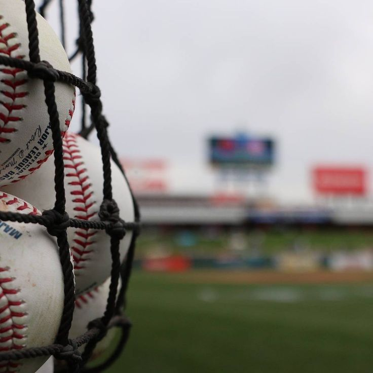 Listen to today's #Cubs vs. #Indians game on 670 the score or follow along at Cubs.com. First pitch is 2:05 p.m. CST.