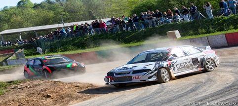 Una caldissima domenica di fine primavera ha accolto una spettacolare giornata di Rallycross a Maggi