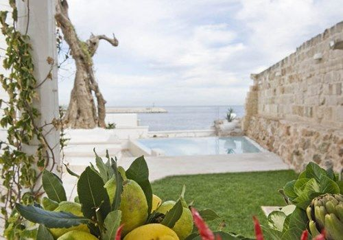 Easter holidays in Apulia: the point of transit for globetrotters and adventurers. #easter #italy #apulia #puglia