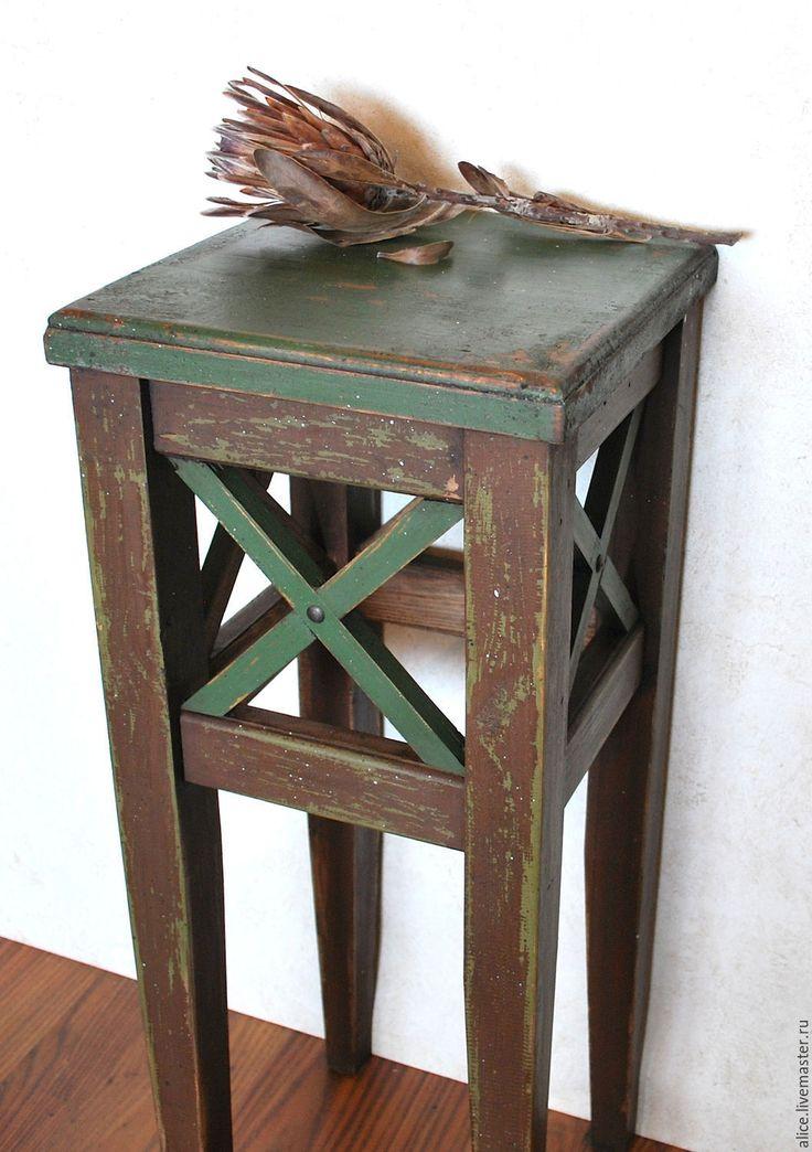 Купить или заказать ТОСКАНА жардиньерка в интернет-магазине на Ярмарке Мастеров. ЖАРДИНЬЕРКА - легкая подставка, этажерка либо изящный, художественно оформленный ящик, корзина для домашних цветов С французского — это мини-сад, то есть сад в доме. Особо был распространен такой тип убранства интерьера, начиная с эпохи ампира, в дворянской среде. Затем, во второй половине XIX века, российское купечество широко восприняло этот элемент убранства.