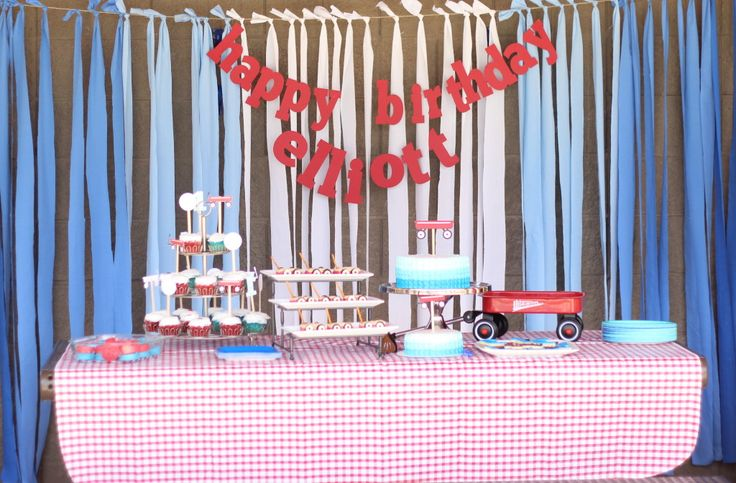 DIY Fabric Backdrop - so simple!: Wagon Cake, First Birthday Parties, Birthday Theme, Party Themes, Wagon Birthday, Fabric Backdrop, First Birthdays, Red Wagon Party, Birthday Party