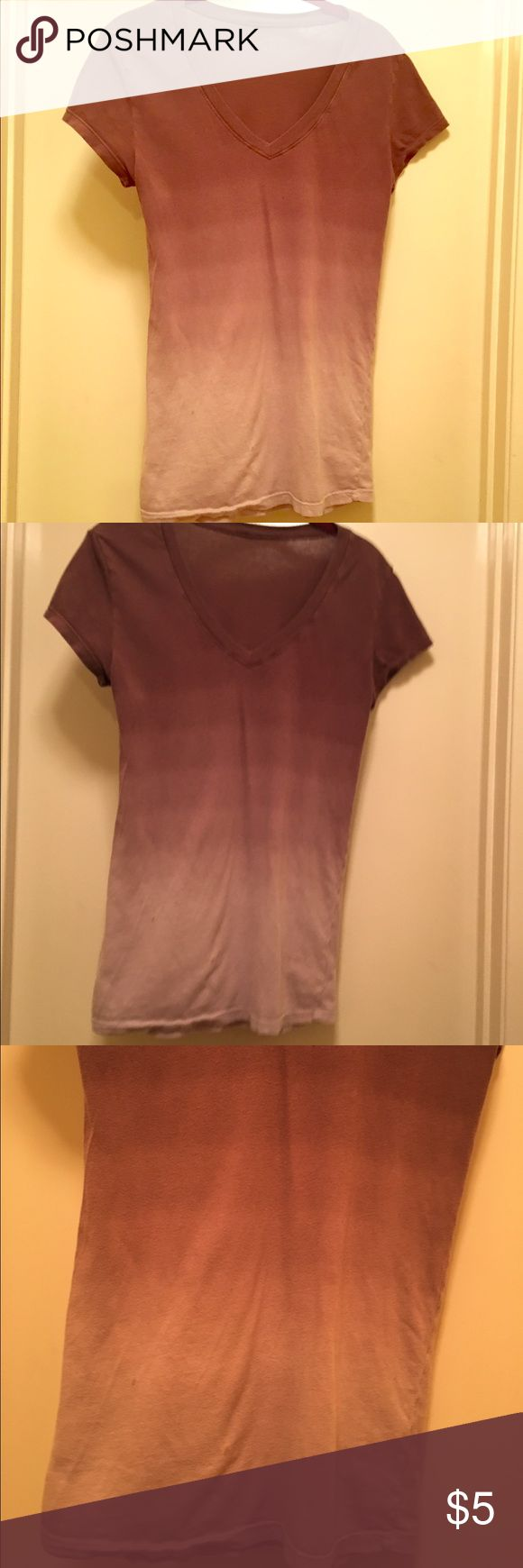 Women's brown short sleeve ombré t-shirt. 🌺 Women's rarely worn brown ombré short sleeve t-shirt.  Excellent condition! 💕🦋 Tops Tees - Short Sleeve