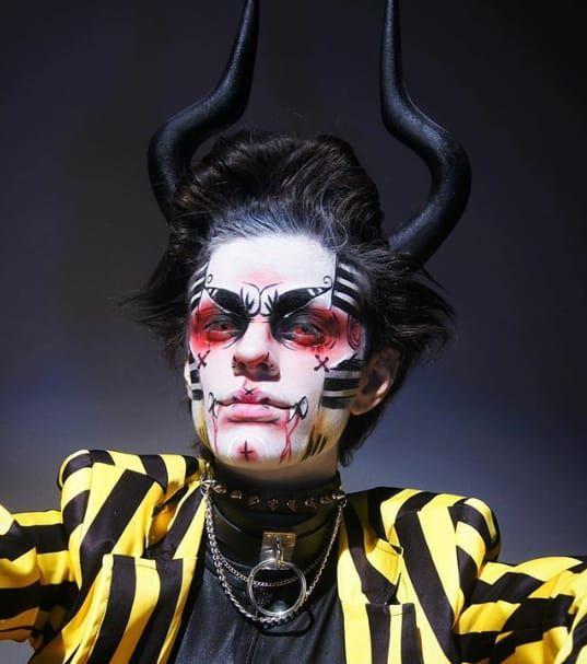 Punk Makeup, Fx Makeup, Makeup Inspo, Makeup Inspiration, Character Inspiration, Circus Makeup, Clown Makeup, Halloween Face Makeup, Pelo Lolita