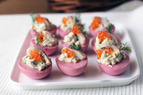 Яйця, фаршировані оселедцем | Кулінарні рецепти з фото – Пательня