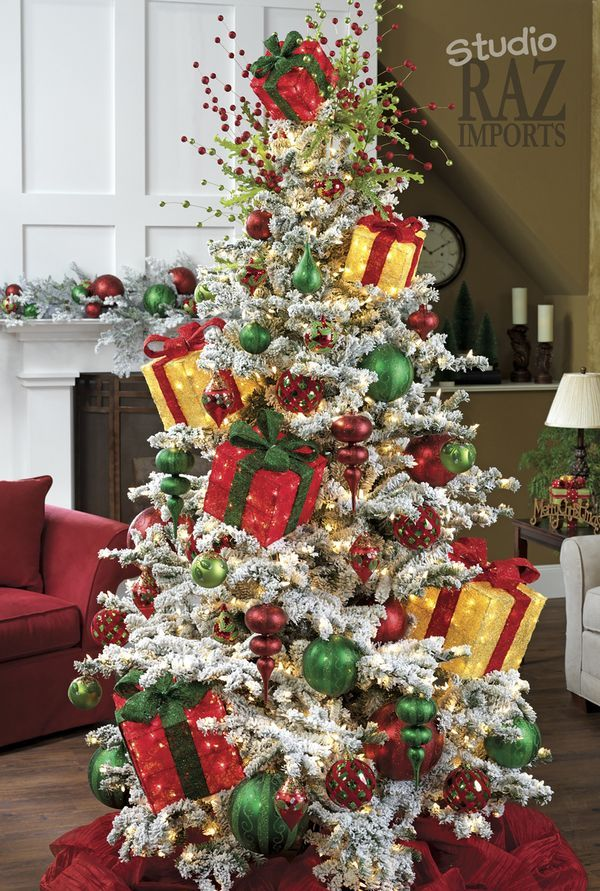 2256 best christmas trees images on pinterest xmas trees for Christmas tree color schemes