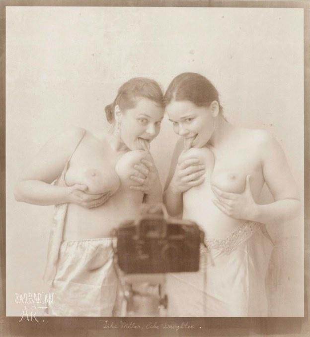 agencia erótica desnudo