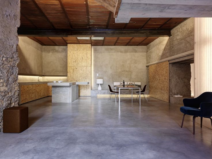 House Z22 and Warehouse F88,  Gus Wustemann Architects   © Bruno Helbling
