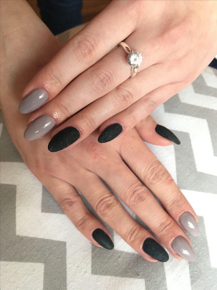 Semilac 140, 031 #NailsByDyta #semilac #semilacnails #littlestone #blackdiamond #greynails