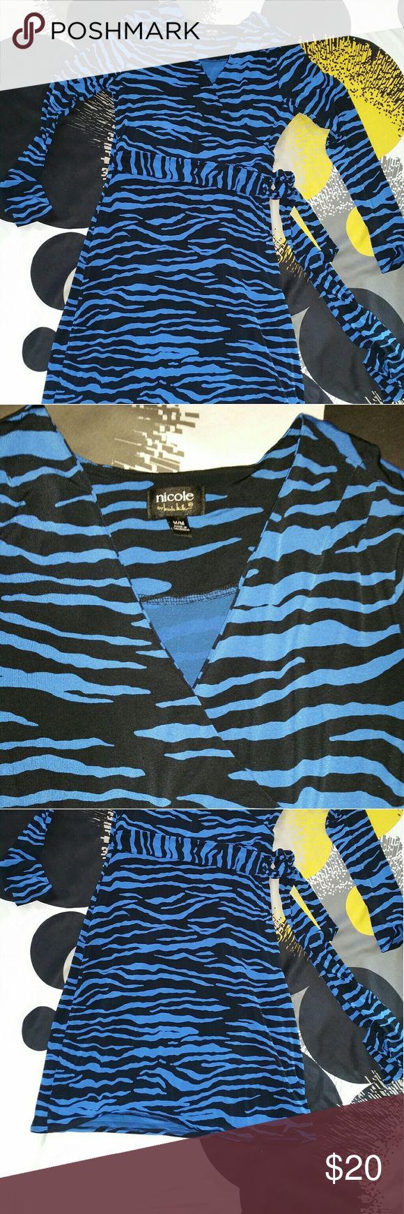 Nicole by Nicole Miller waist tie dress Blue black animal print ,polyester spandex,  v neck long sleeve dress Nicole by Nicole Miller Dresses Long Sleeve