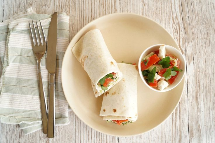 Wraps med grøntsagsfyld og feta.