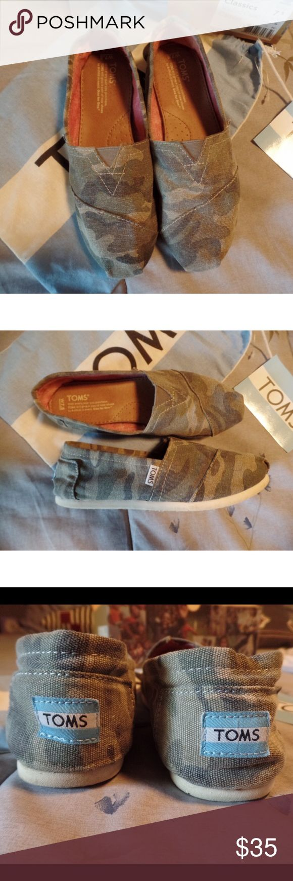 Camo TOMS - fits 8 Great condition camouflage TOMS. I wear size 8 and these fit me. Comes with original box, bag and sticker. TOMS Shoes